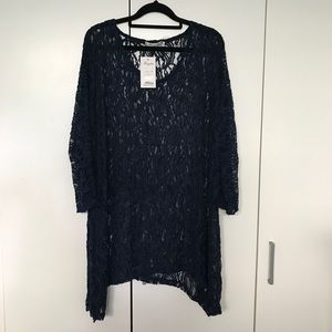 Hourglass Navy Blue Lace Sheer Top Size 16 NWT